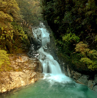 waterfall, road to milford sound